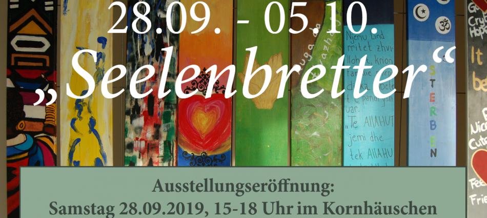 """Ausstellung """"Seelenbretter"""" im Kornhäuschen"""